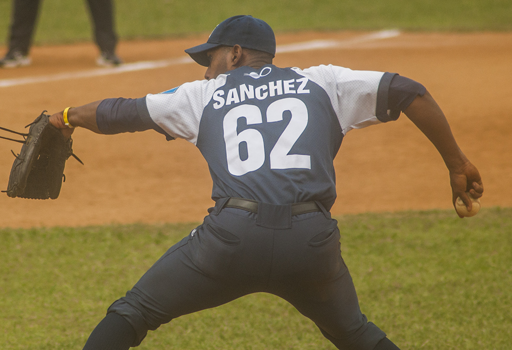 JoseSanchez Holguin beisbol 2020 0014