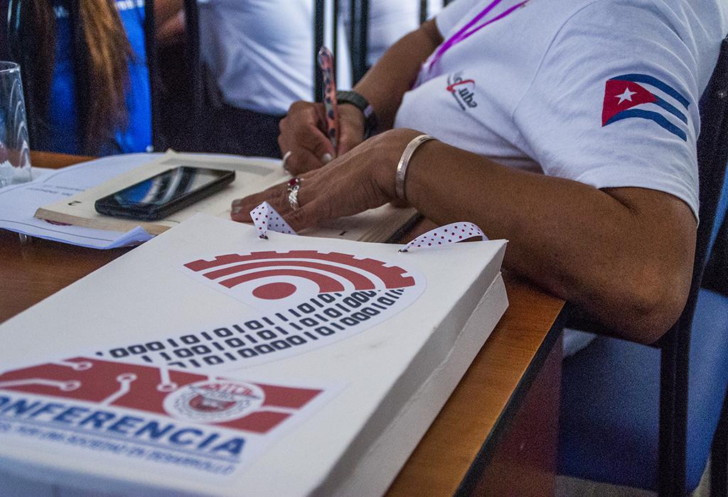 Trabajadores de las Comunicaciones, la Informática y la Electrónica en Camagüey, por una sociedad en desarrollo